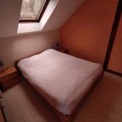 Chambre n°1, lit double.